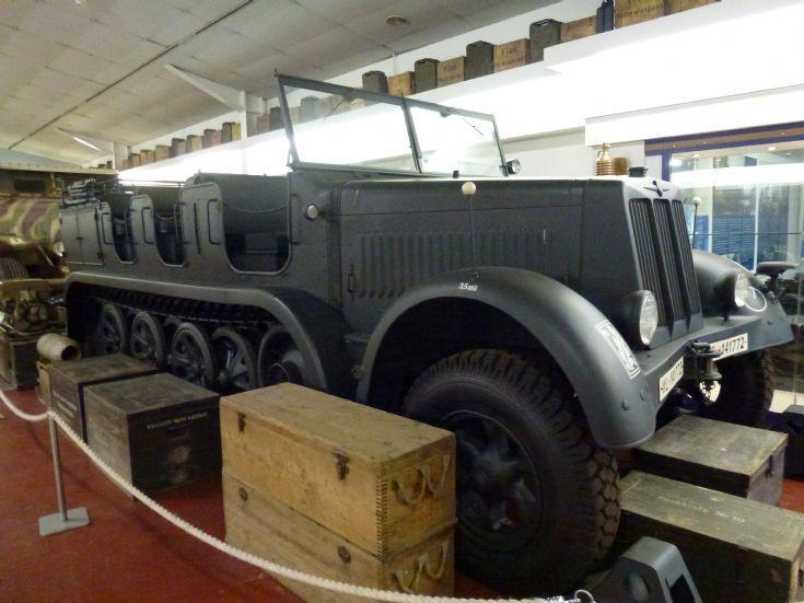 SD. Kfz. 7   8 ton Halftrack