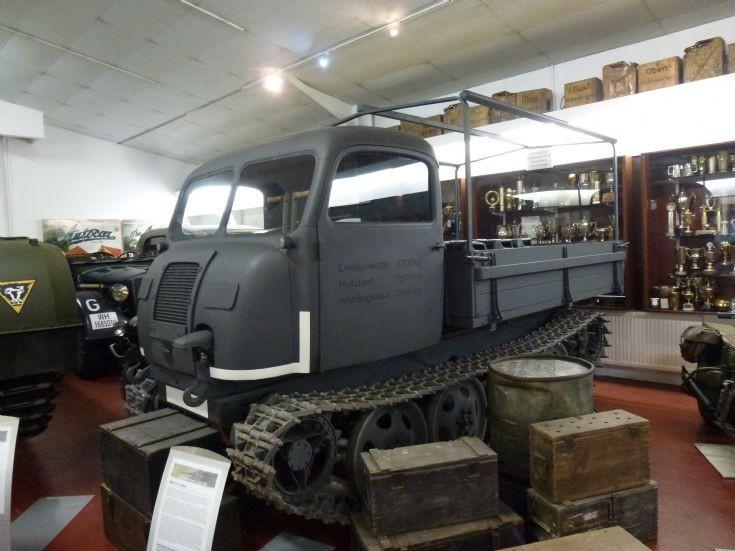 RSO 01 Tractor