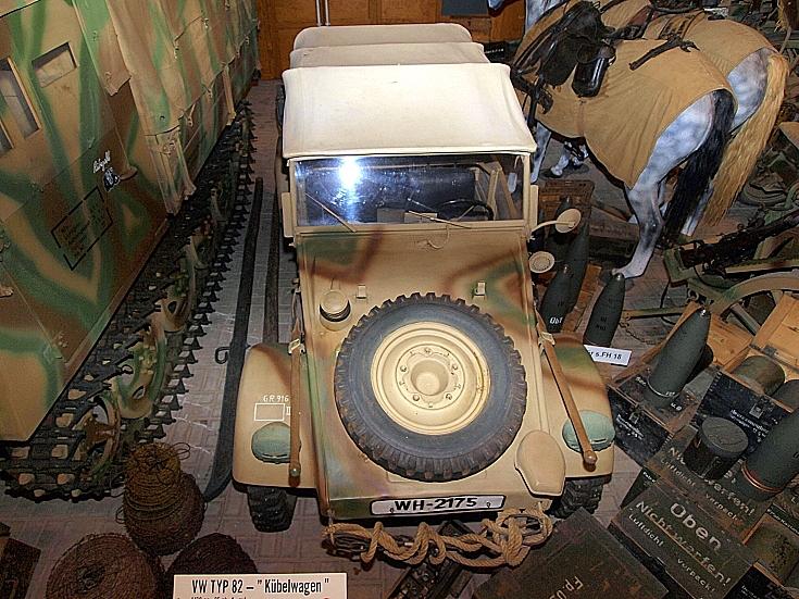 Volkswagen Kübelwagen Type 82