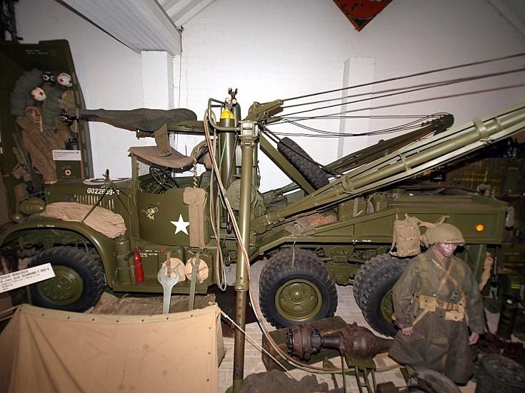 Diamond T 969A Wrecker