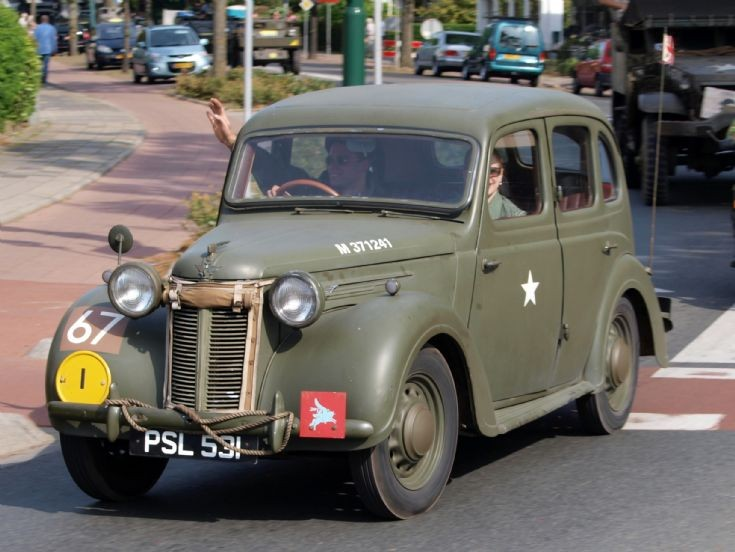 1946 Austin Ten Saloon