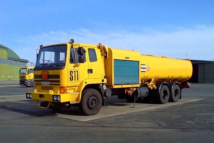 Leyland S26