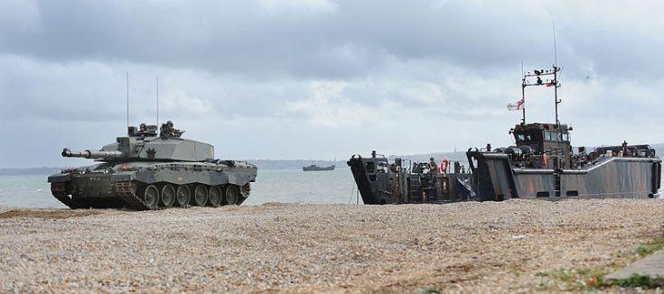 Challenger 2 Tank Disembarks