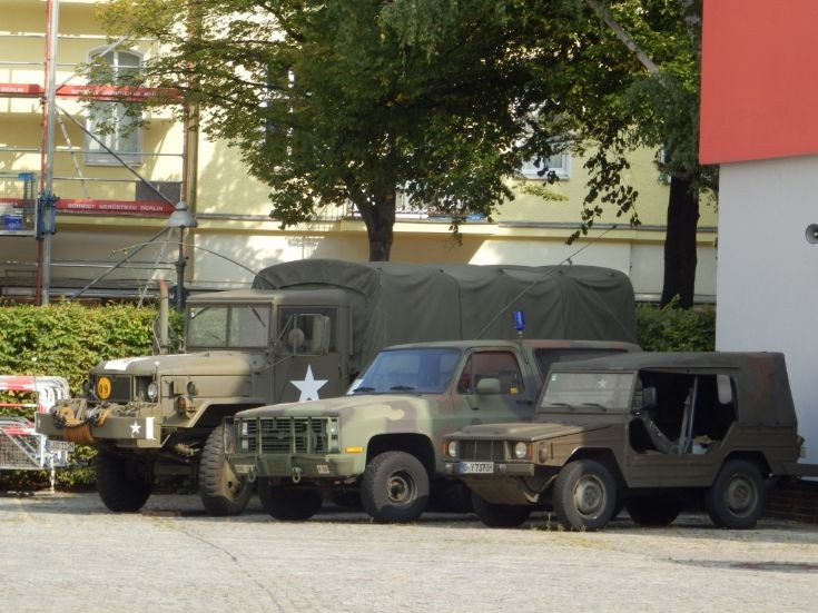 Various Vehicles - Berlin