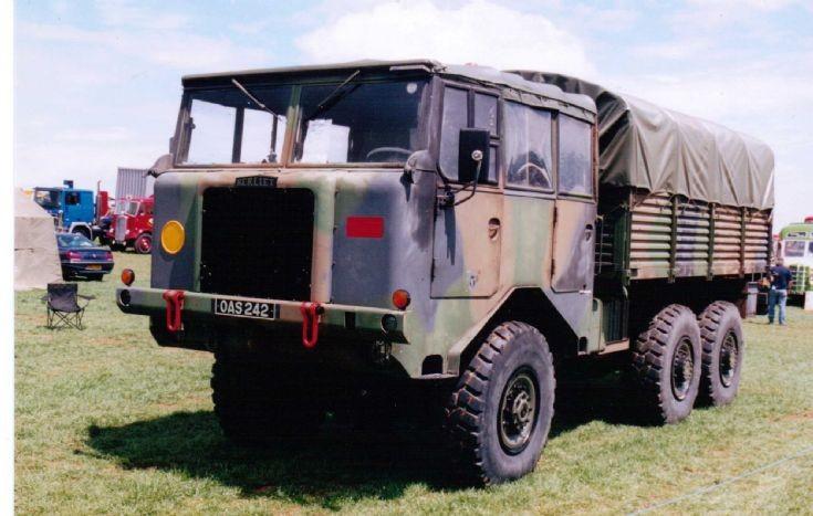Berliet GBU 15 6000kg Truck