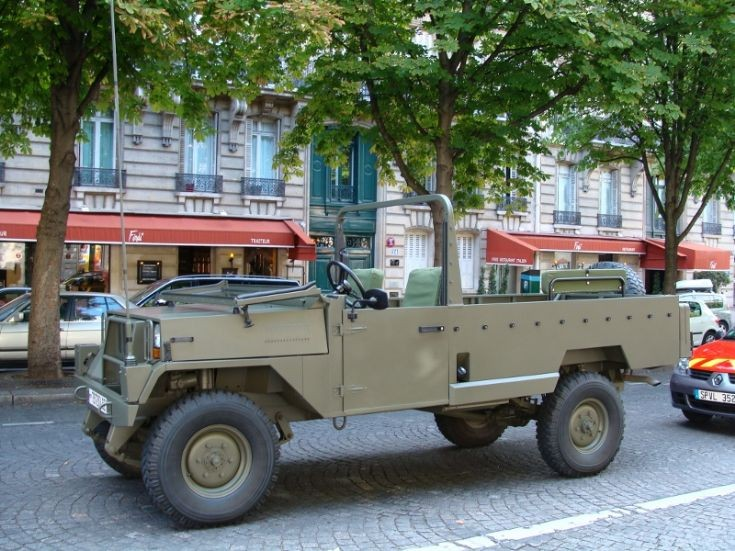 4X4 Vehicle - Paris