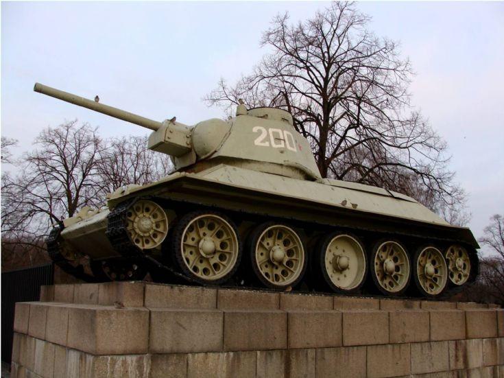 T 34 Tank - Berlin