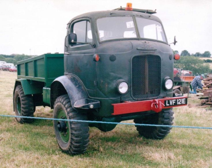 Ford Thames E4 4x4 - FV13300 Series