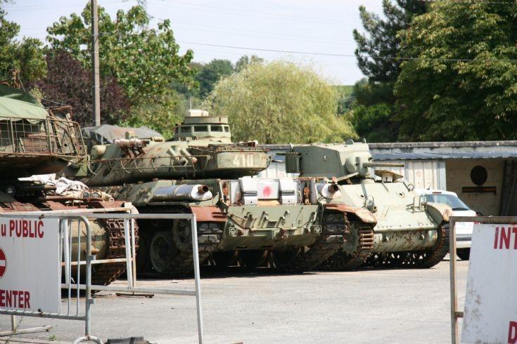 Saumur parking lot