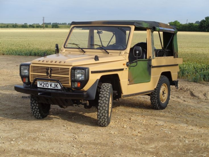 1990 Peugeot P4