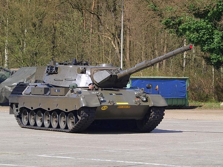 Leopard 1V Demo run