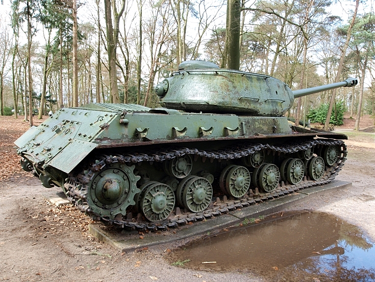 IS-2 Iosif Stalin tank at Marshall Museum