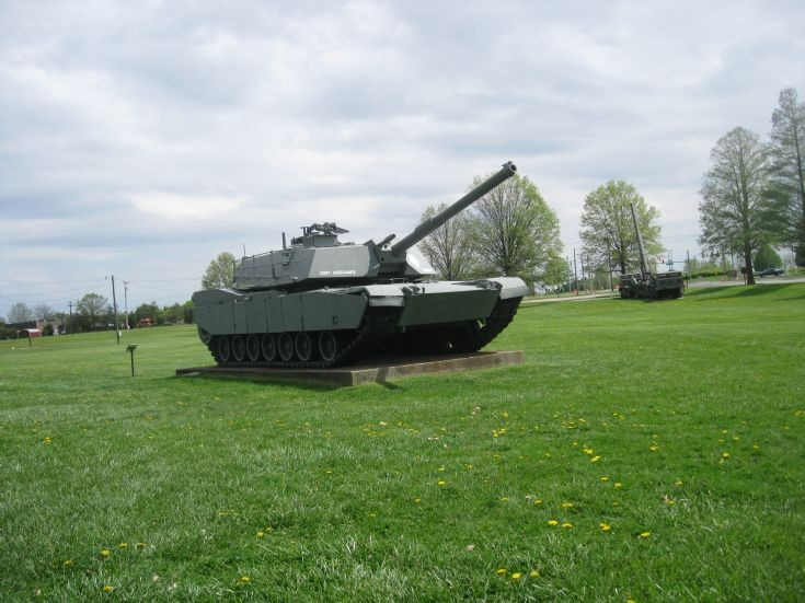 US Army M-1 Abrams Main Battle Tank