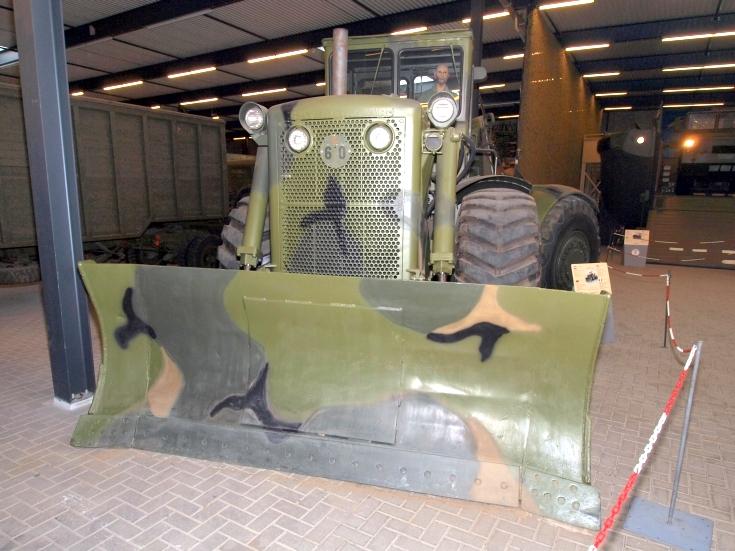 Caterpillar 803M bulldozer