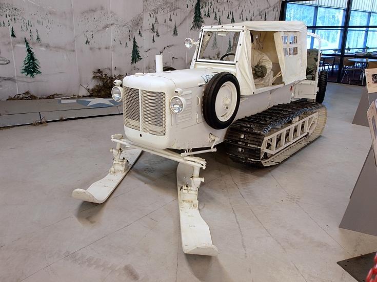 G-194 Snow Tracktor M7