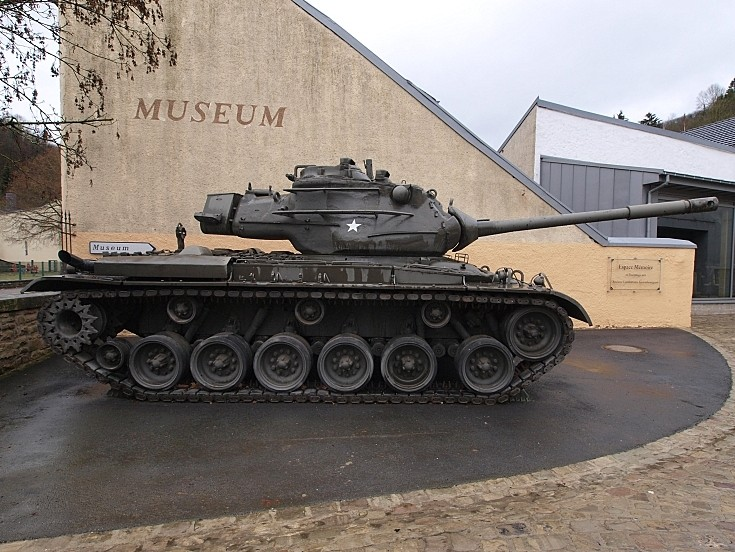 Side pic of M47 Patton
