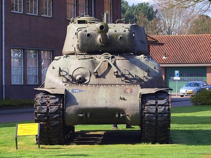 Sherman M4A1 hoodno 30126810