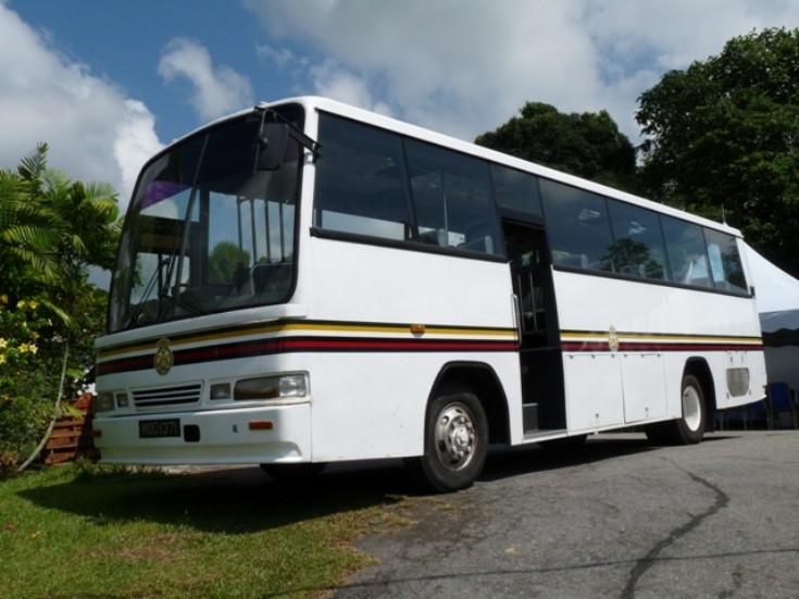 Mitsubishi BM117LR coach
