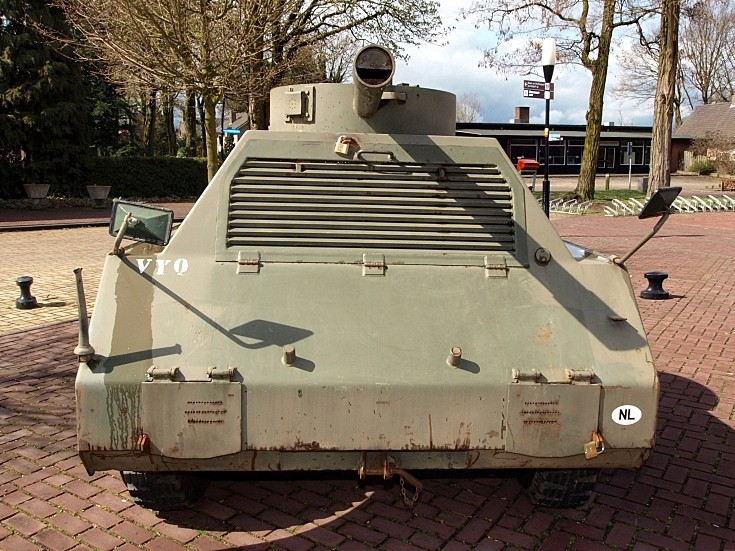 Front view of MOWAG Panzerattrappe