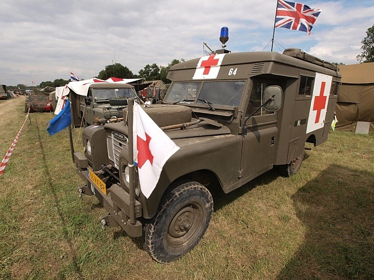 Land Rover 109 S111 Ambulance
