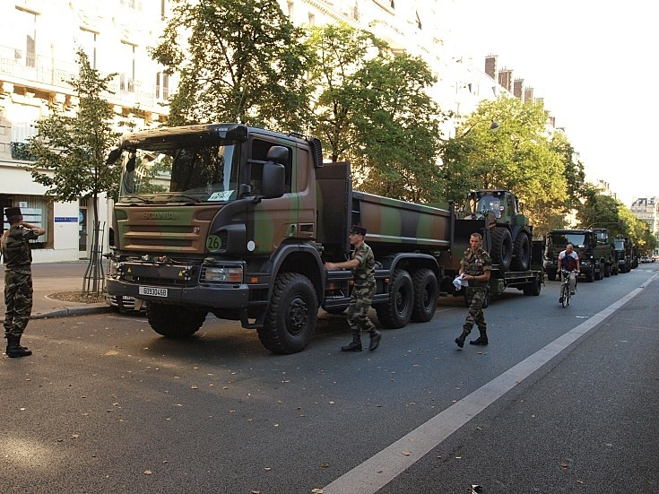 Three trucks in Paris