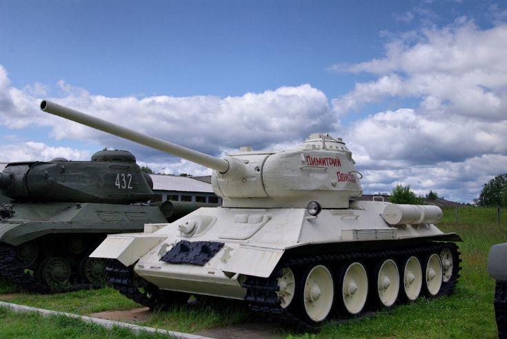 Soviet Medium Tank T-34-85.