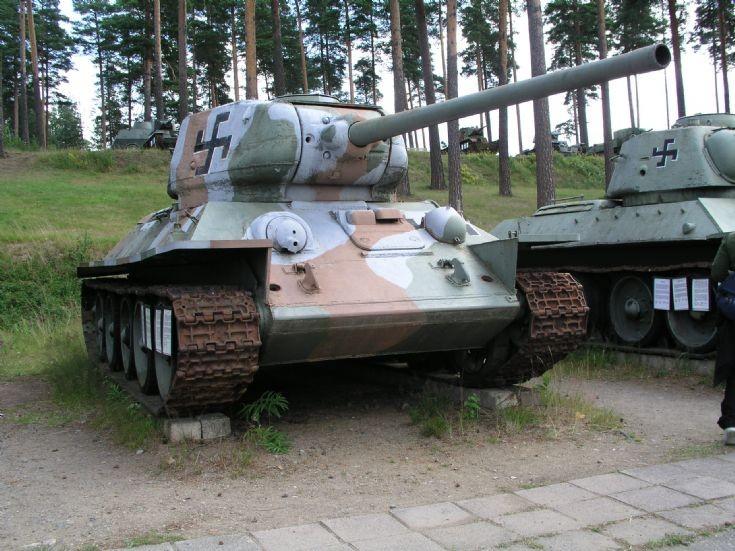 Finnish T-34/85