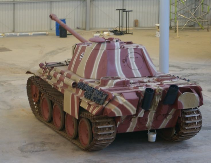 Panther Ausf G (possibly)