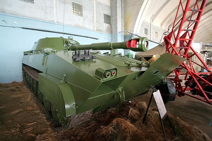 2S-1 Gvozdika (Carnation) Howitzer