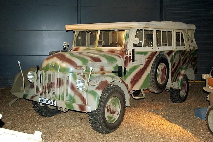 Steyr command car