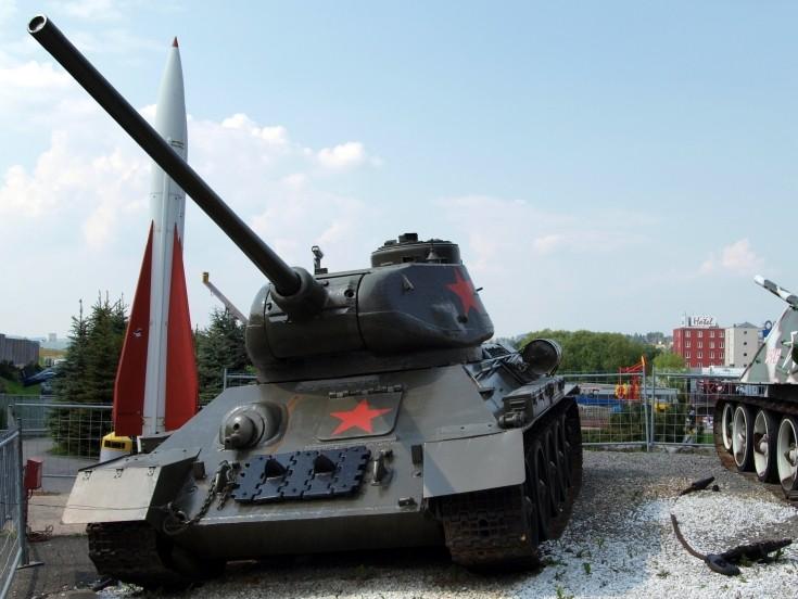 WW II Soviet tank T34