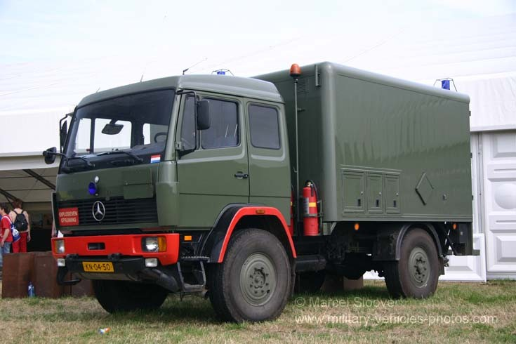 Dutch army Explosive Disposal unit