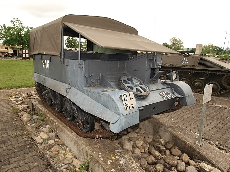 Universal Carrier T16 'UC'