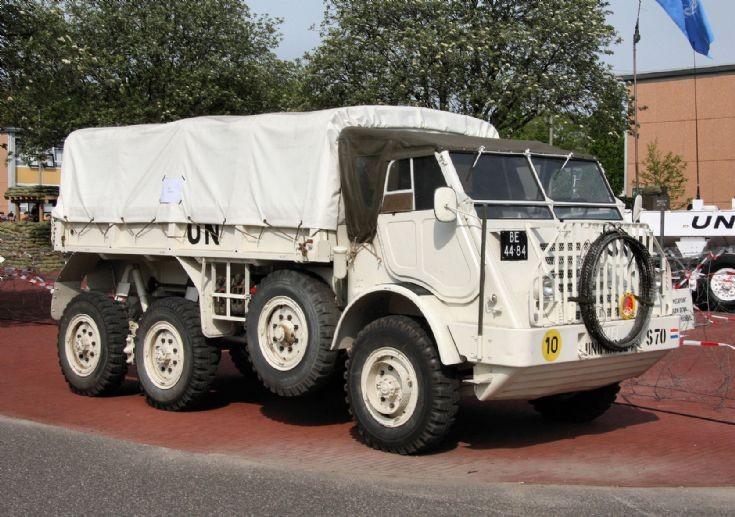 UN DAF truck BE-44-84
