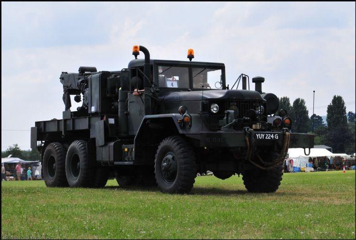 AM General M816 Wrecker