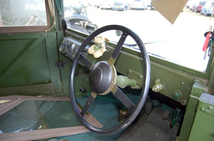 1943 STANDARD UTILITY VEHICLE, FHR 818