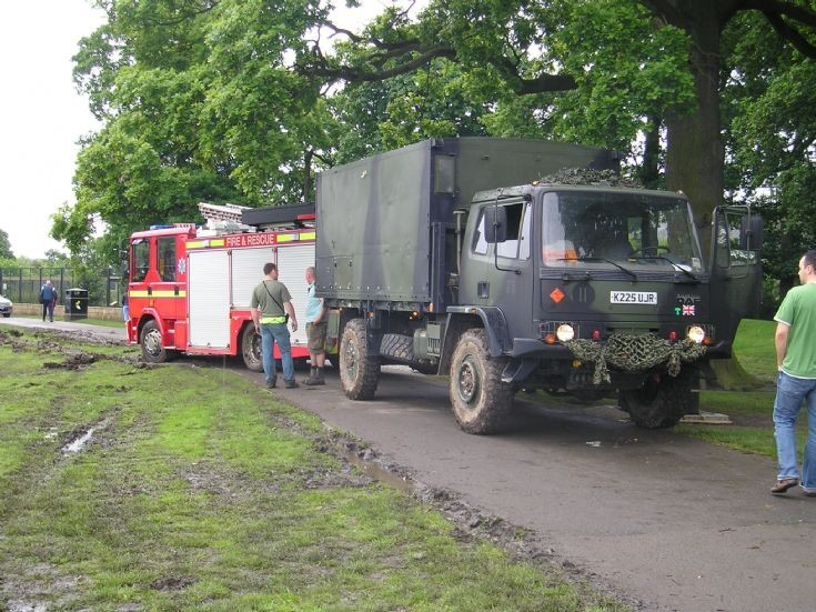 The army is helping the Fire brigade