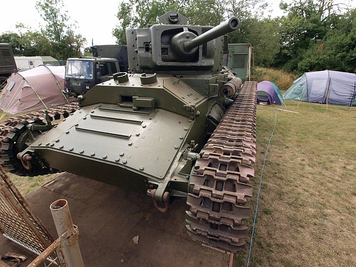 Valentine Mk V (1942) at War & Peace Show