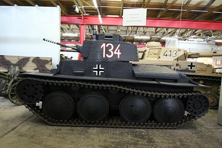 Sd.Kfz. 140 Panzerkampfwagen 38 (t) Praga TNHP-S