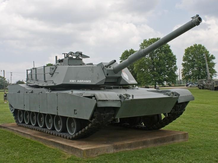 XM1 Abrams named 'Thunderbolt'