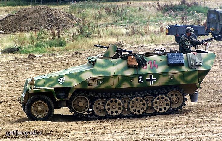 Sd.Kfz. 251 no.014
