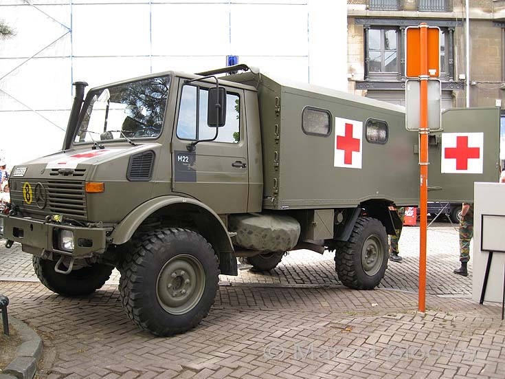 Military Medical Unit on display in Brussels