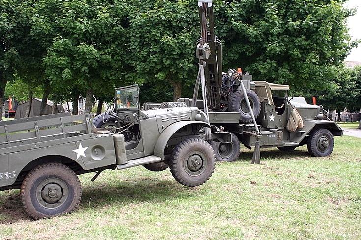 Dodge and Ward La France wrecker