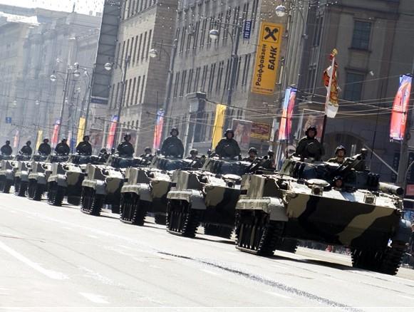 Motor-shooting armies on BMP-3