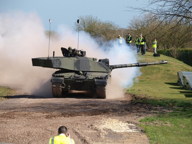 FV4034 Challenger 2 tank