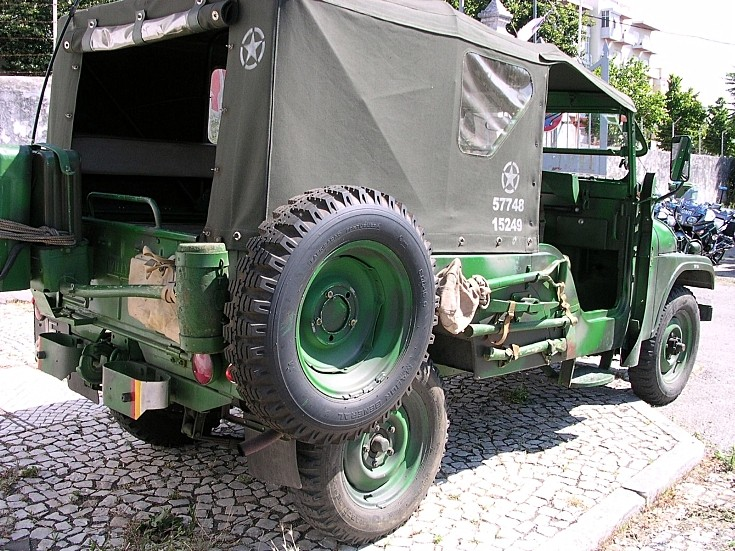 Willys Model MD M38A1 / CJ in Portugal