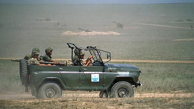 UAZ-469, D-30A
