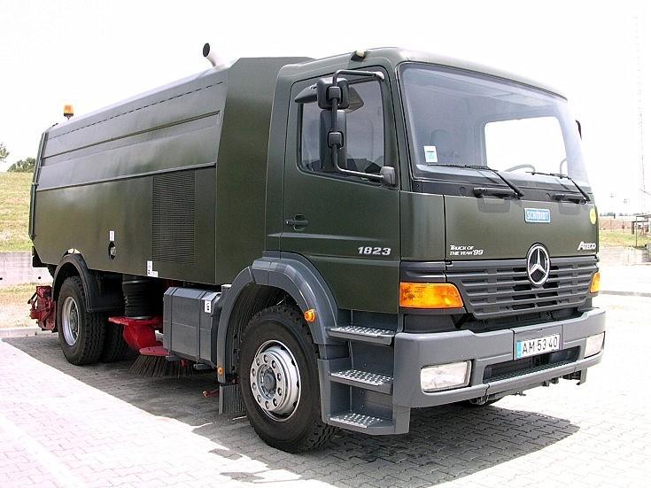 Mercedes 1823 Atego