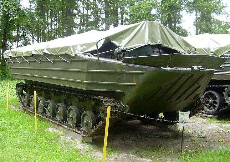 K-61 / PTG Pływający Transporter Gąsienicow