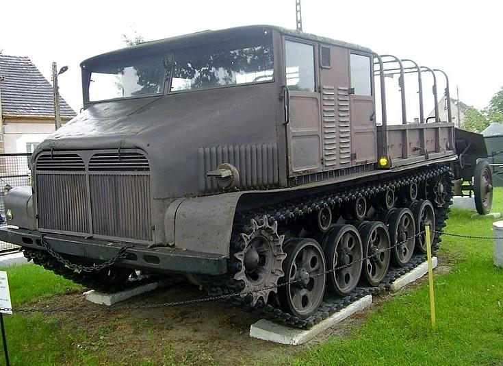 Ciągnik gąsienicowy MAZUR D-350